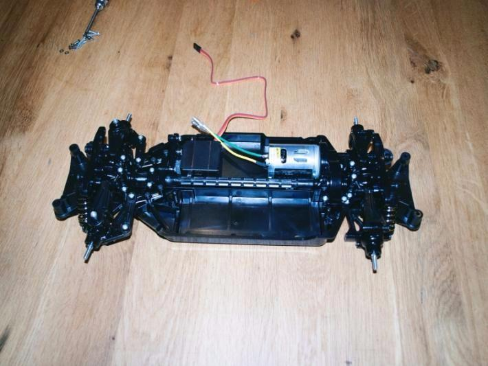 TT02 chassis 59 Fotor